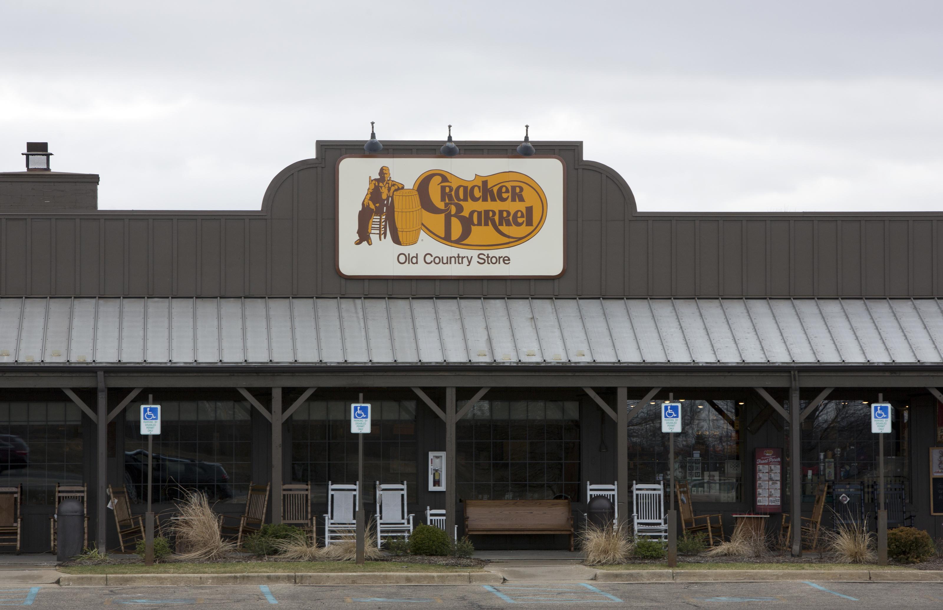 Cracker Barrel: Is the restaurant open on Christmas Day 2019?